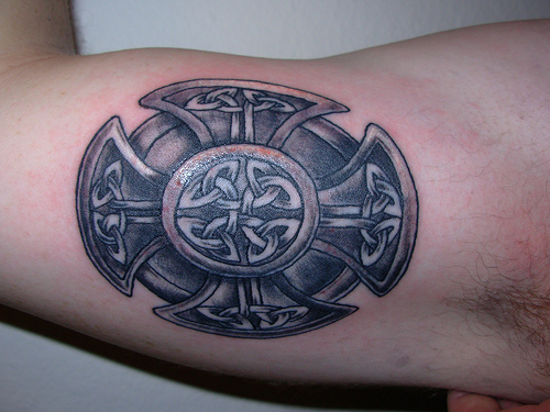 Celtic tattoos are an awesome way to display the heritage of the Irish,