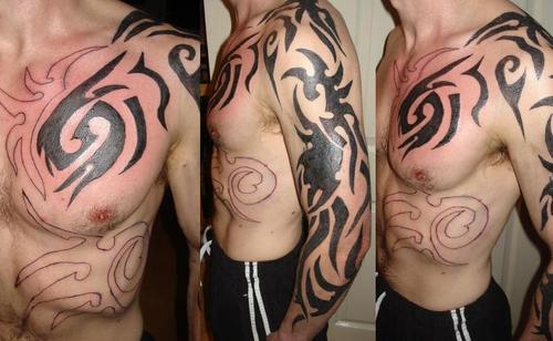 Tribal tattoos have their special style and many women love them because