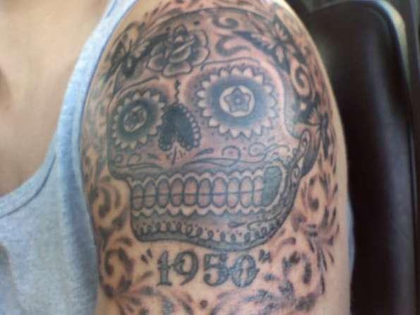 mexican skull art tattoo