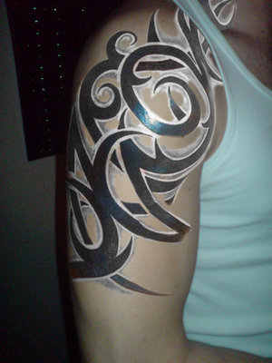 Sleeve Tattoos on Tribal Half Sleeve Tattoos Jpg