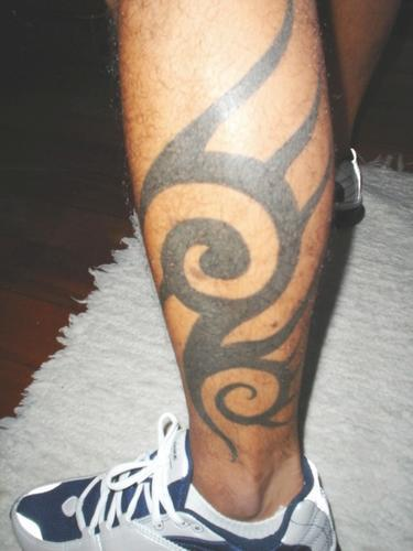 tribal leg tattoos